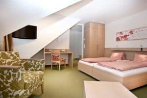 hotel-weiss-zimmer
